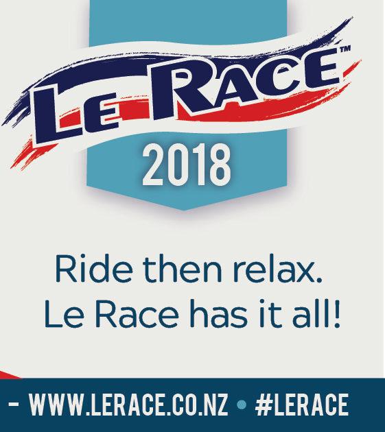 Le Race Banner